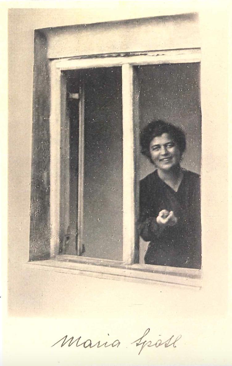 Spötl am Fenster